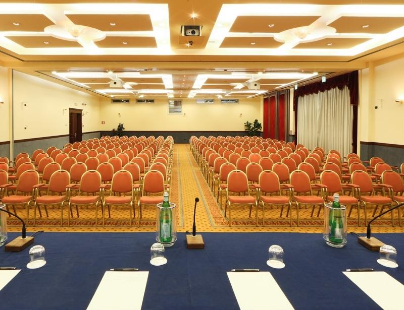 Organizza il tuo evento nella sala del Classic Hotel