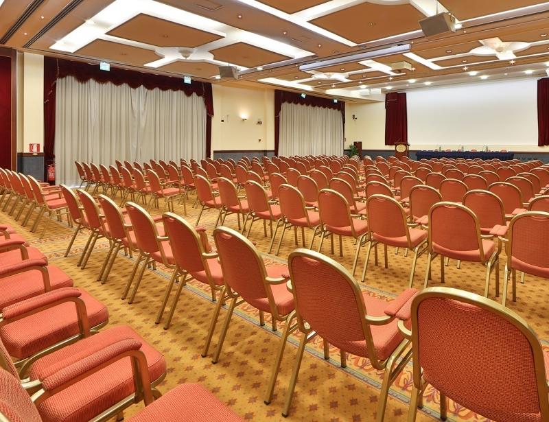 Fino a 400 persone per il tuo meeting a Reggio Emilia